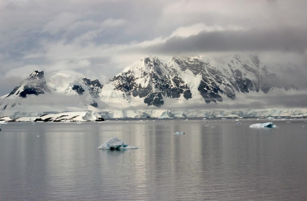 antarctica-277443-1400x917